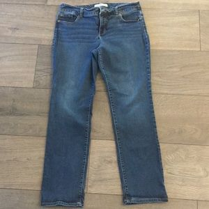 Chico's Ultimate Denim Straight leg Size 2R